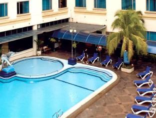 Grand Angkasa International Hotel Medan - Out Door
