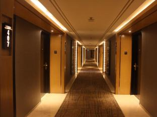 Grand Angkasa International Hotel Medan - Room corridor