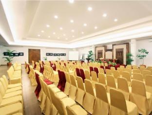 Sukajadi Hotel Bandung - Borneo Ballroom