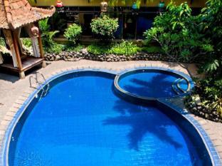 Sukajadi Hotel Bandung - Swimming Pool by day time