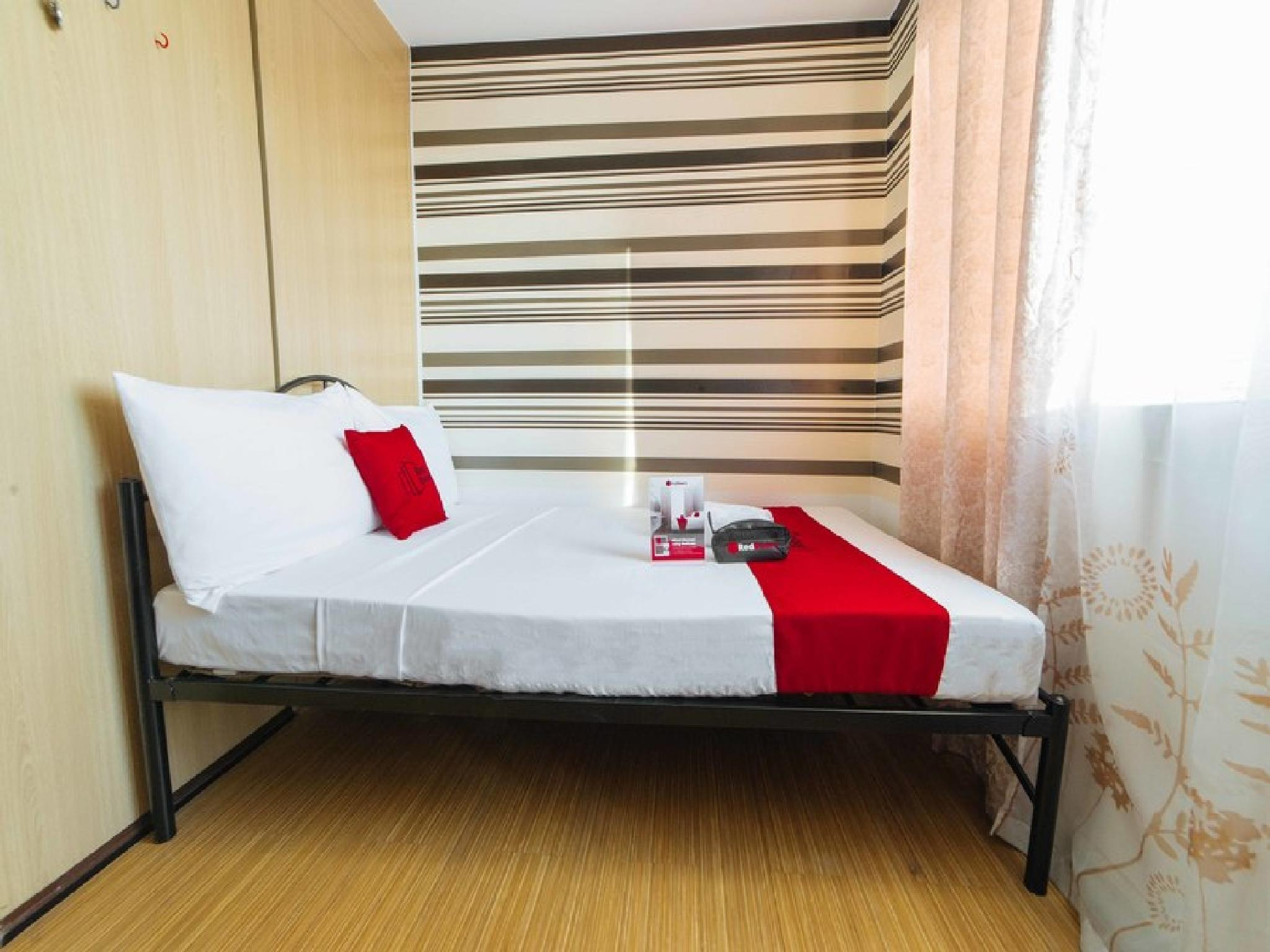 RedDoorz Premium @ SMDC Taguig