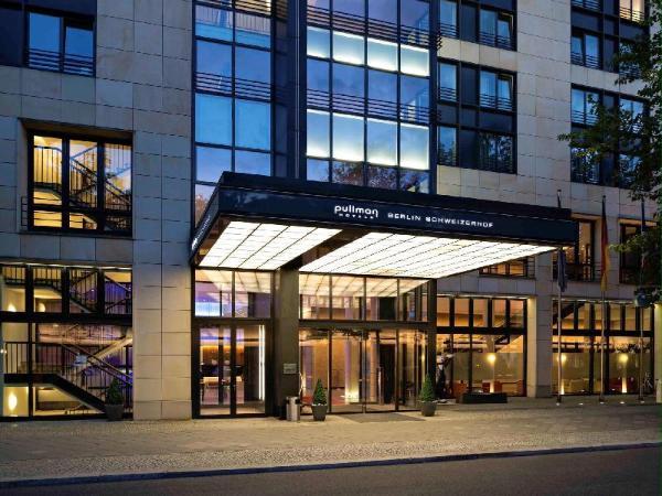 Pullman Berlin Schweizerhof Hotel Berlin
