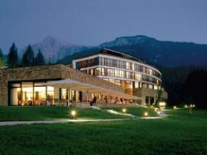關於貝希特斯加登洲際飯店 (Intercontinental Berchtesgaden Resort)