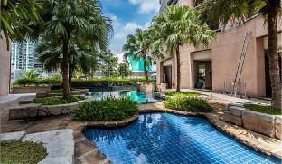 Heart of Bangkok, 8 min walk to BTS Prom Phrong อพาร์ตเมนต์ 3 ห้องนอน 4 ห้องน้ำส่วนตัว ขนาด 240 ตร.ม. – สุขุมวิท