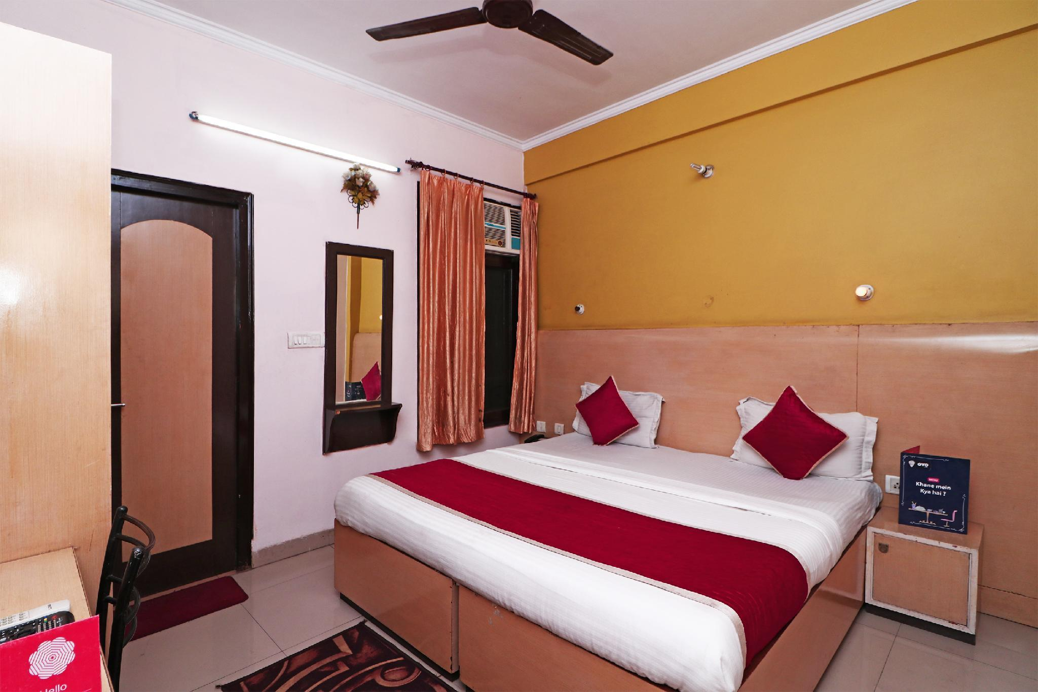 OYO 7636 Hotel Kaushalya Residency