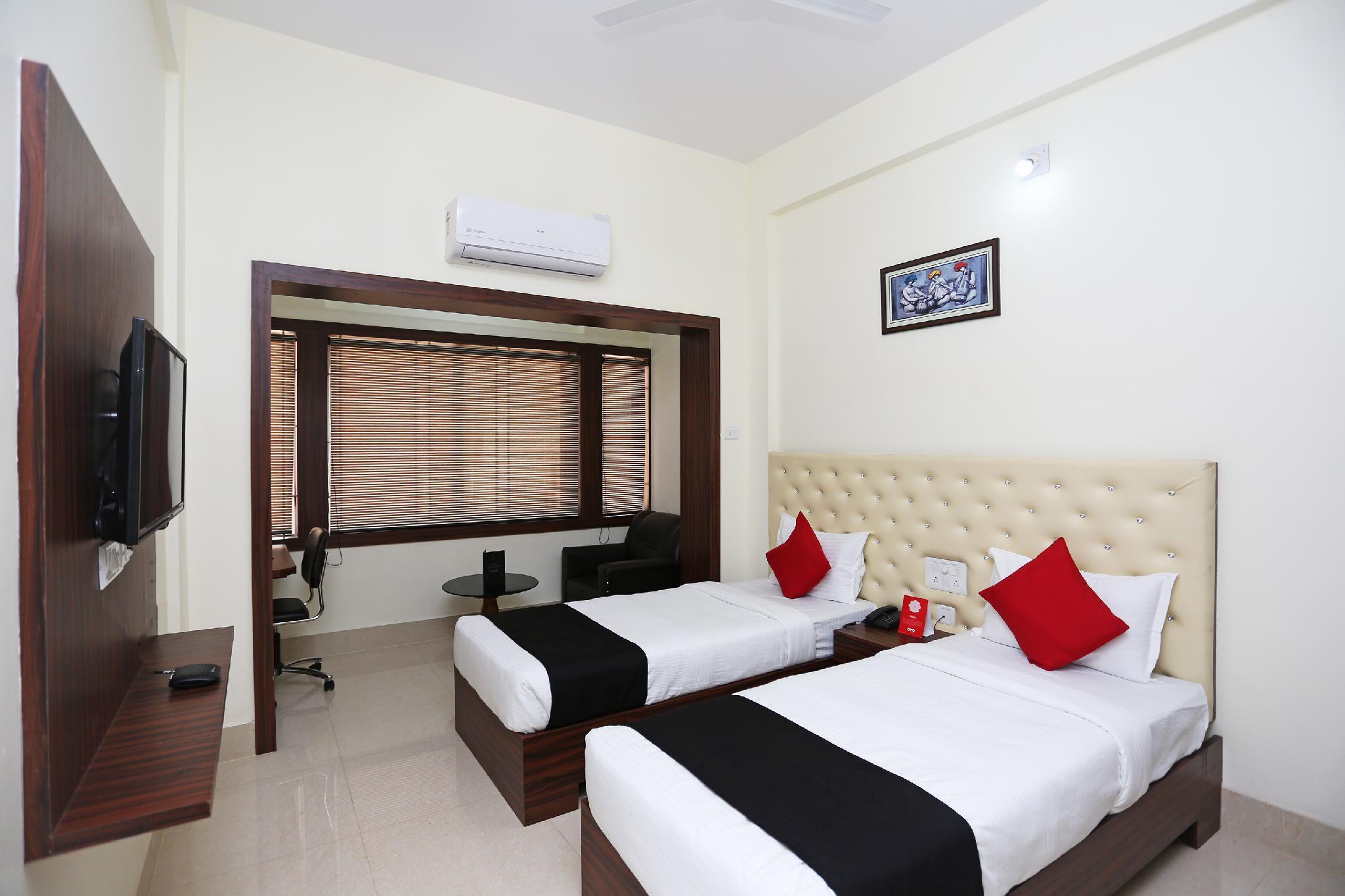 Capital O 28034 Triple Tree Hotels And Resorts