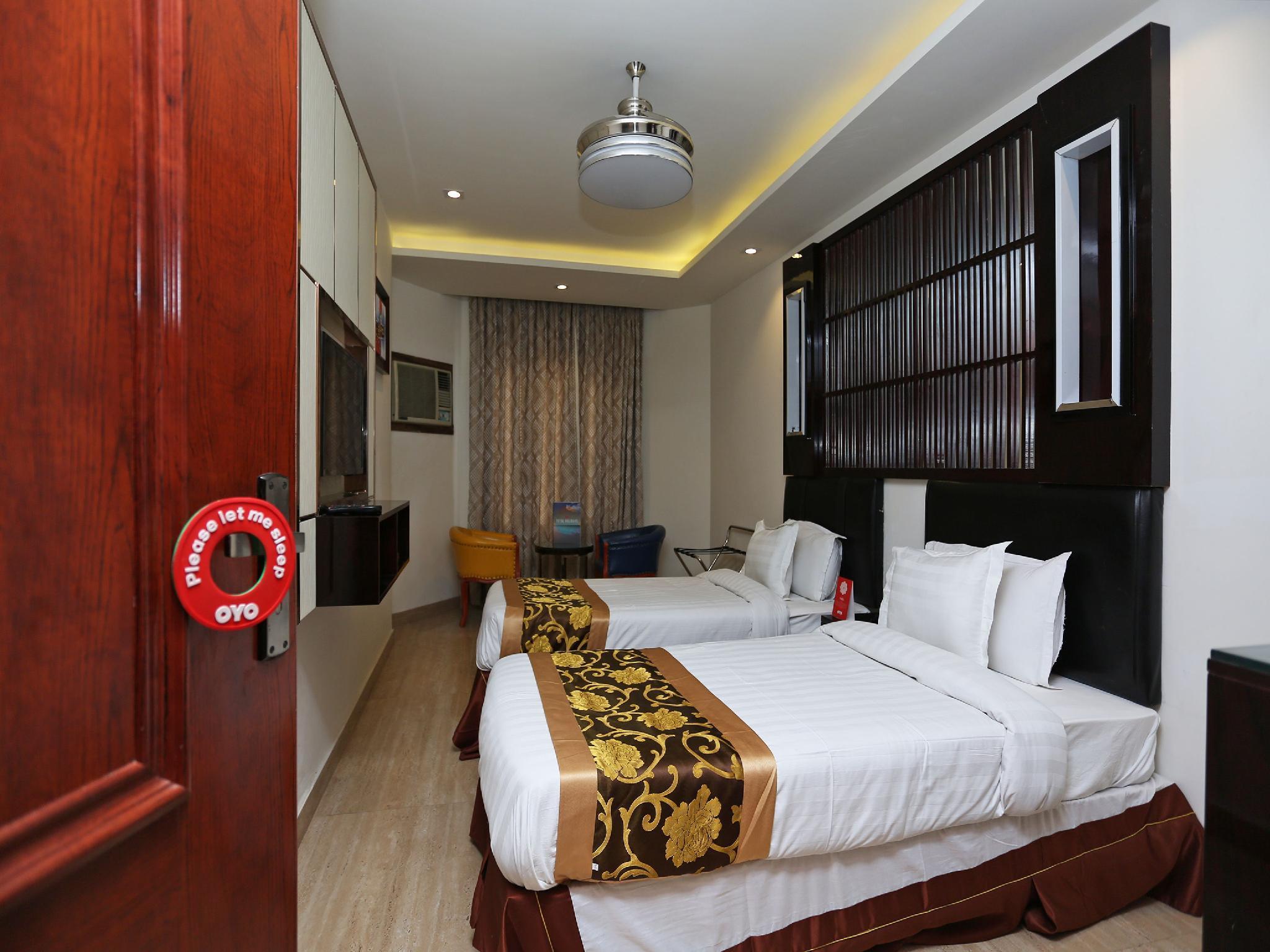 OYO 15384 Hotel New Anand Palace