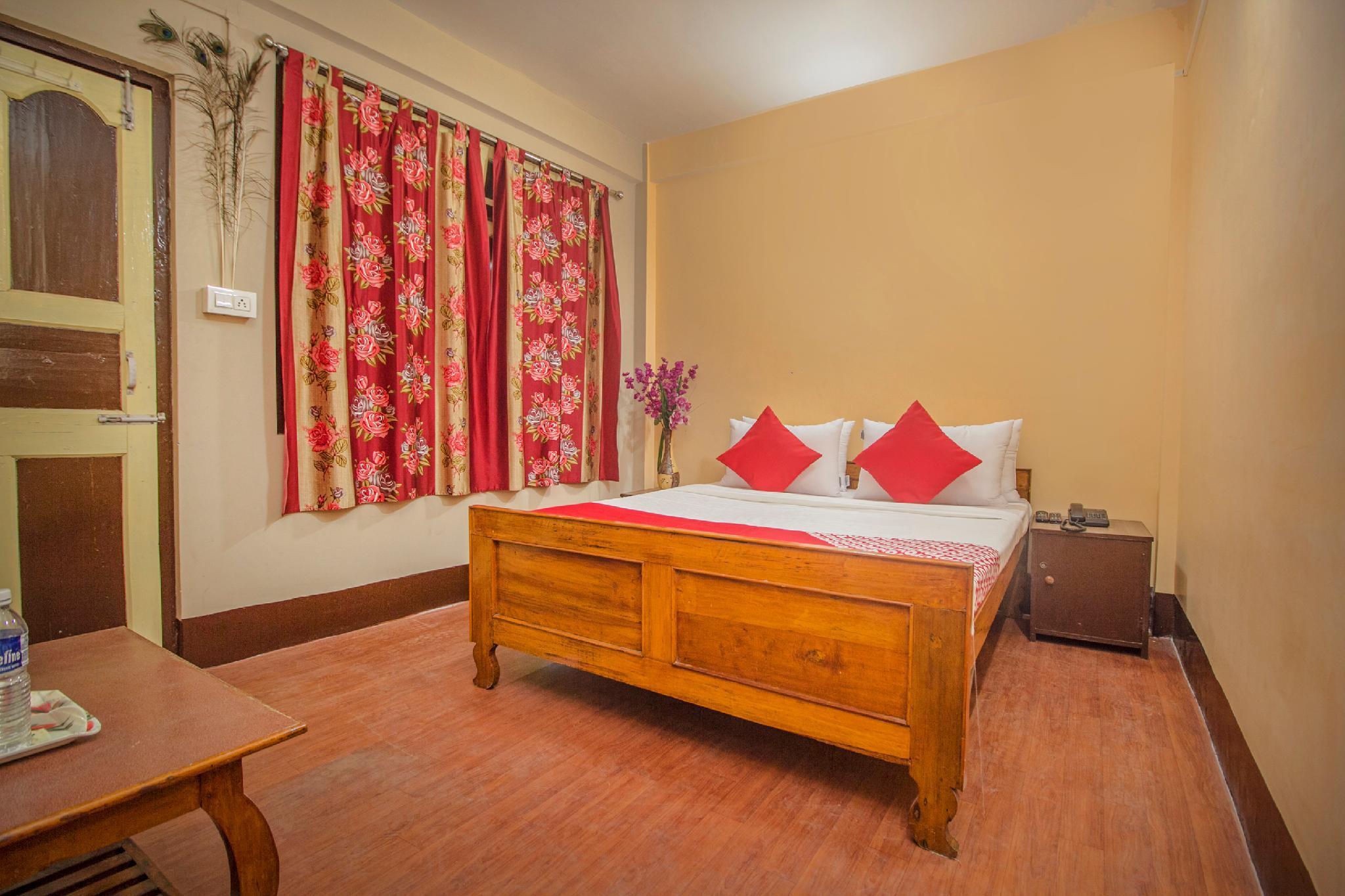 OYO 27840 Hotel Priyanjali