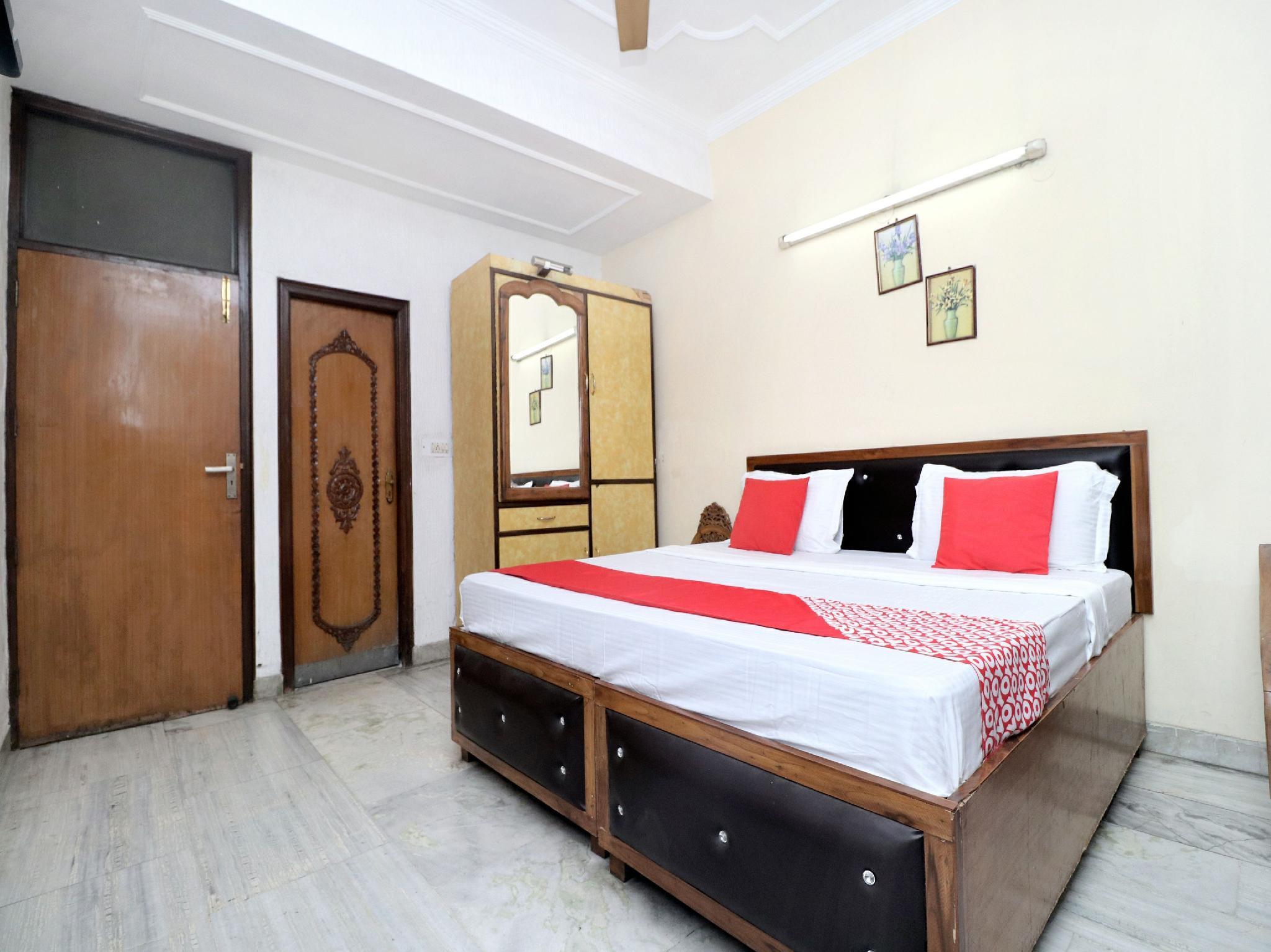 OYO 12898 Hotel Victoria Regency
