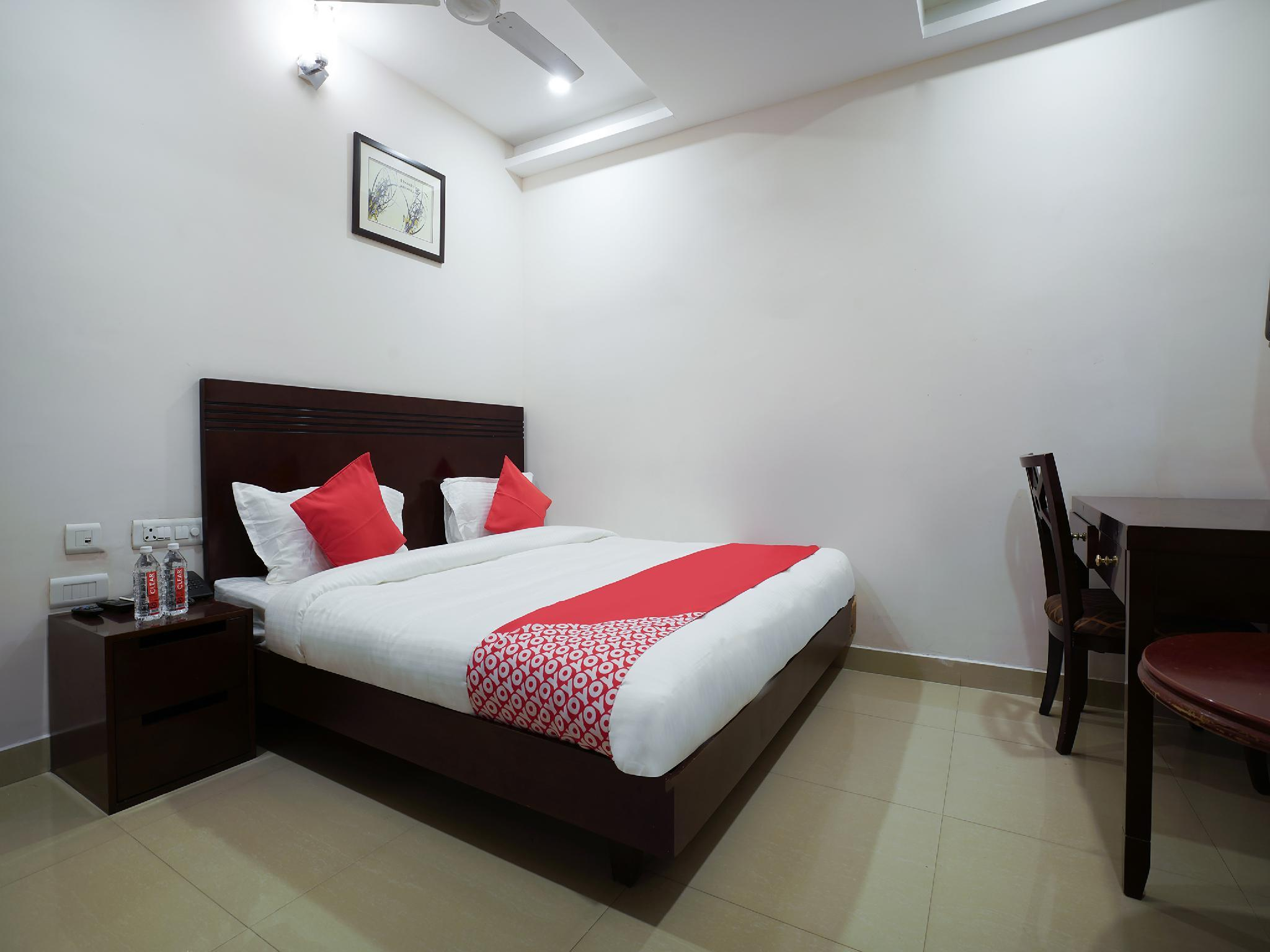 Collection O Premium 18828 Swagath Residency