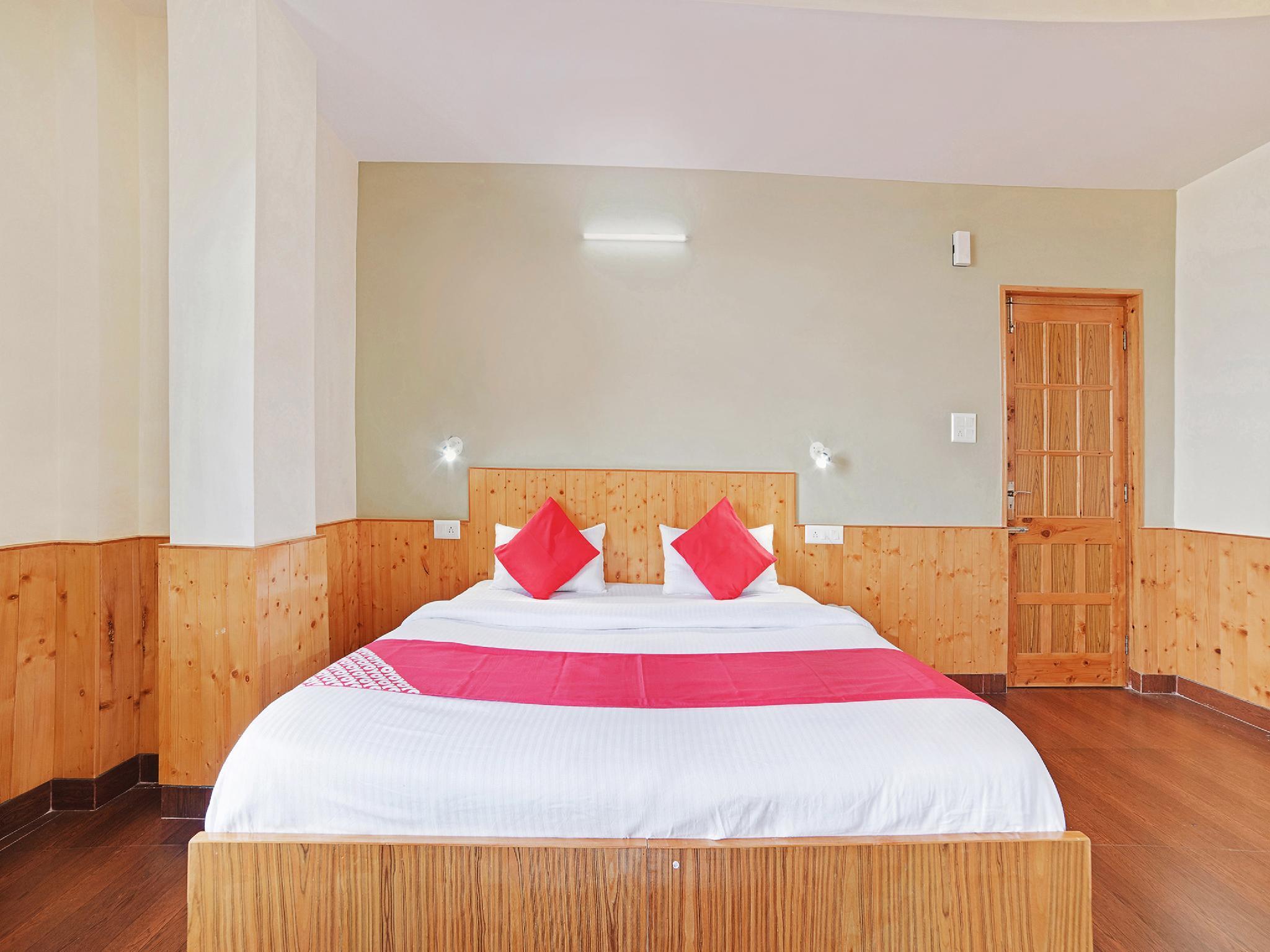 OYO 24399 Mashobra Valley Resort