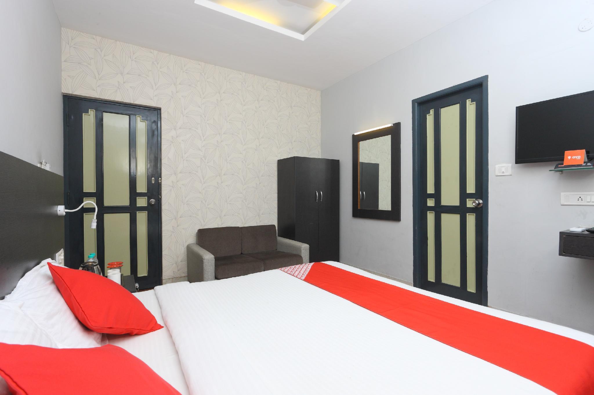 OYO 9655 Hotel Grace Residency