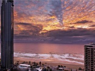 Hotel Grand Chancellor Surfers Paradise Gold Coast - Exterior