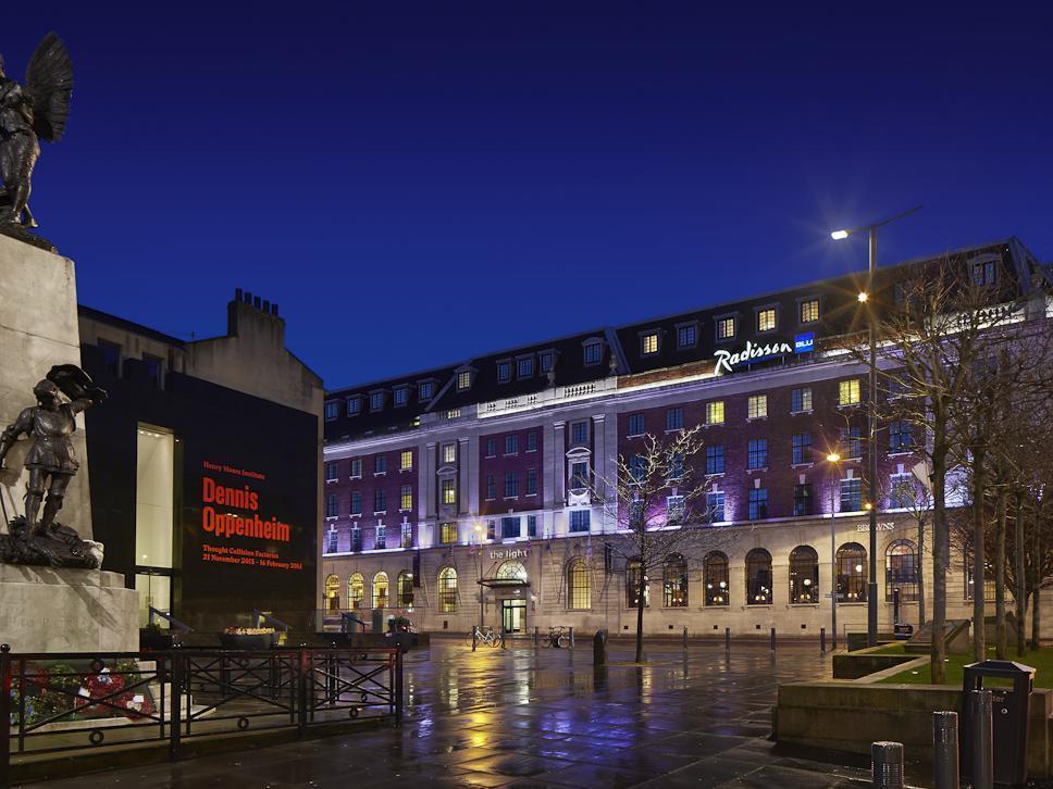 Hotels Near  Academy Leeds