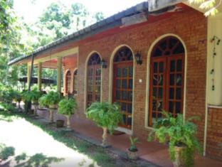 /elephant-camp-guesthouse/hotel/yala-lk.html?asq=jGXBHFvRg5Z51Emf%2fbXG4w%3d%3d