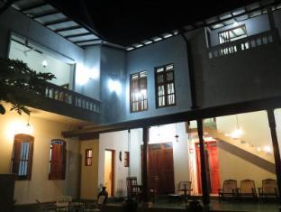 Villa 63
