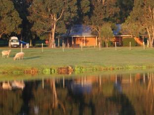 Big4 Taunton Farm Holiday Park Cottages