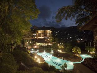 Earl's Regency Hotel Kandy - Exterior