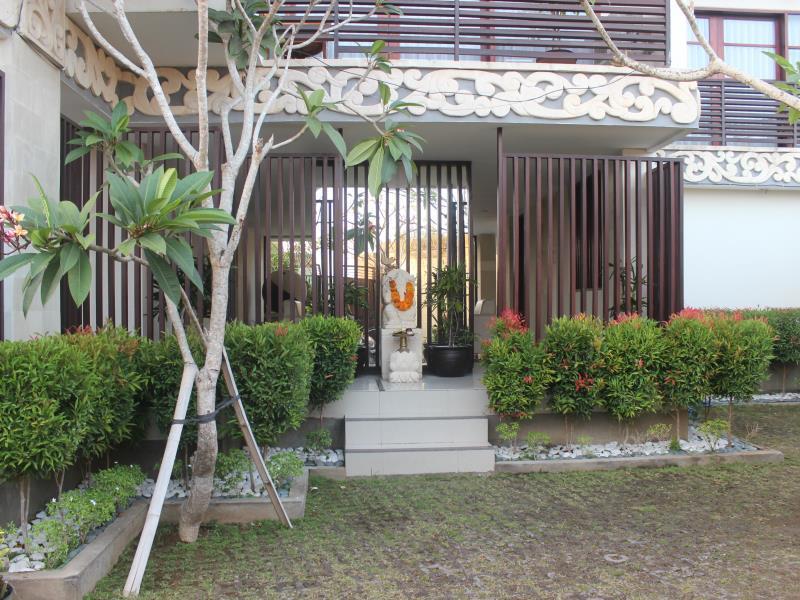 Anumana Bay View Resort