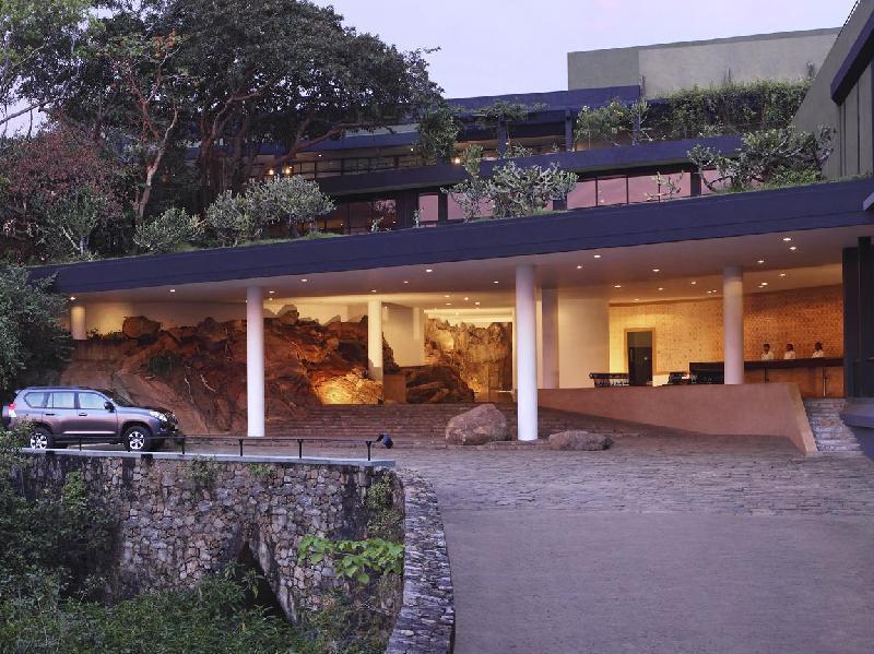 Heritance kandalama dambulla sri lanka overview for Kandalama hotel sri lanka