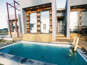 Aqua BEAutique Pool Villas