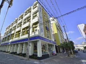 Okinawa Kariyushi Lch Izumizaki Kenchomae Hotel