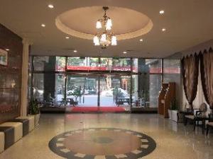 진 핀 호텔  (Jin Pin Hotel)