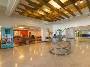Oceanview Hotel & Residences Guam - Foyer
