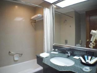 Pousada Marina Infante Hotel Macau - Standard Room Bathroom