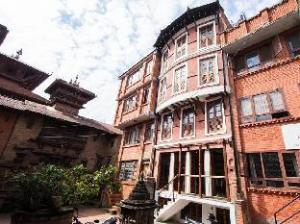 Om Apartments