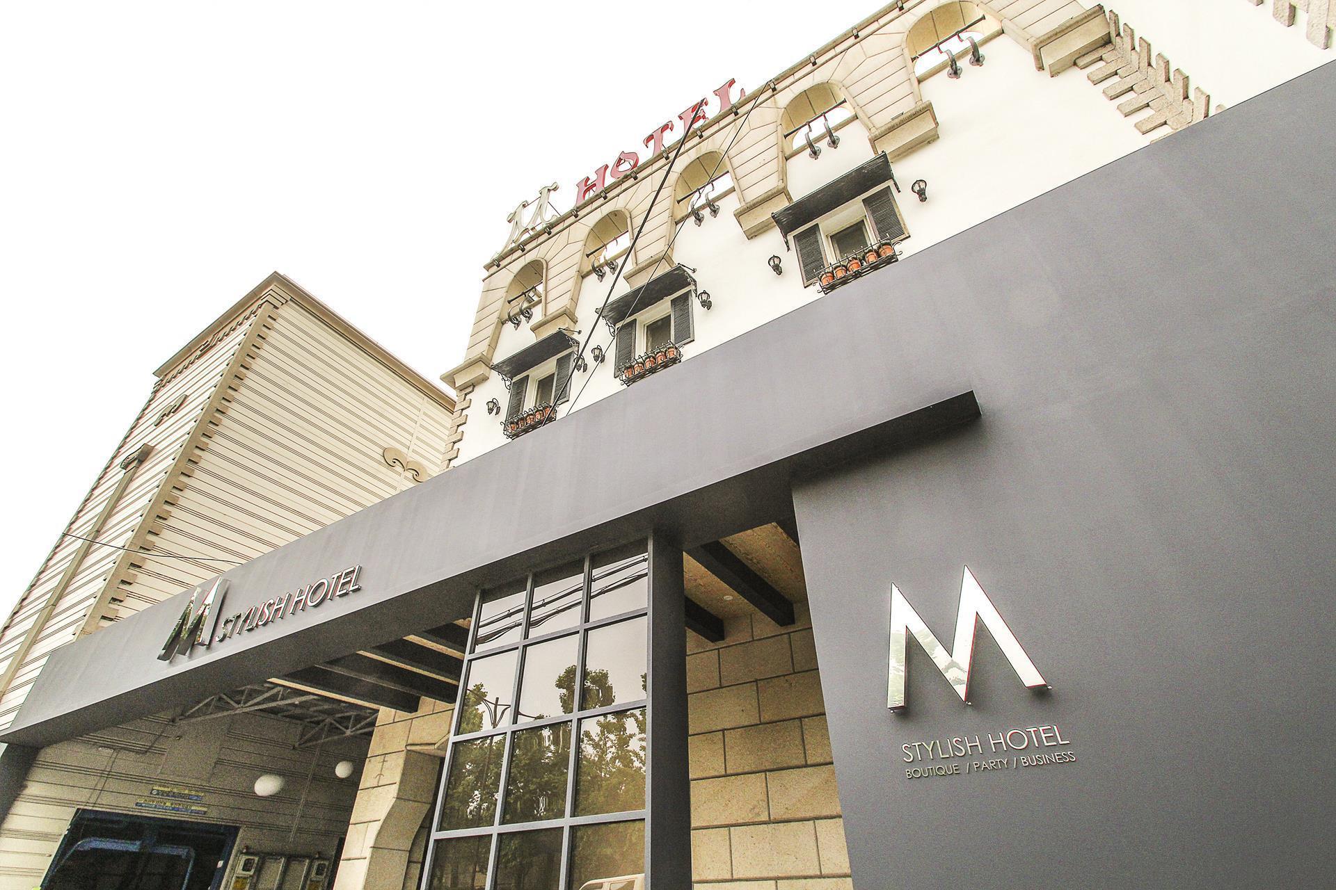 Styilsh M Hotel