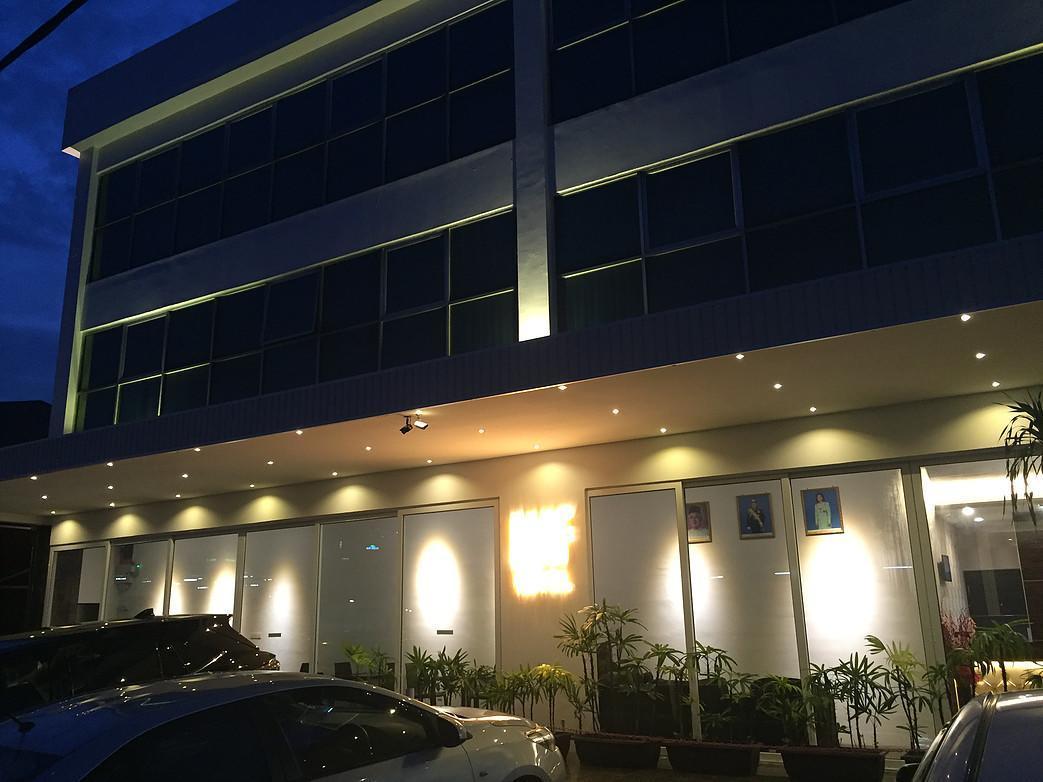 WF Hotel
