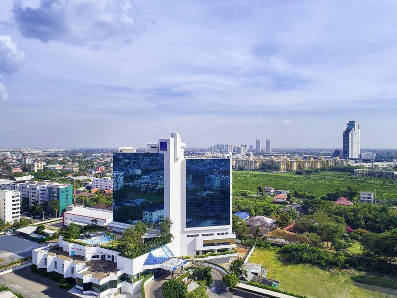 Novotel Bangkok Bangna Hotel โรงแรมโนโวเทล กรุงเทพฯ บางนา