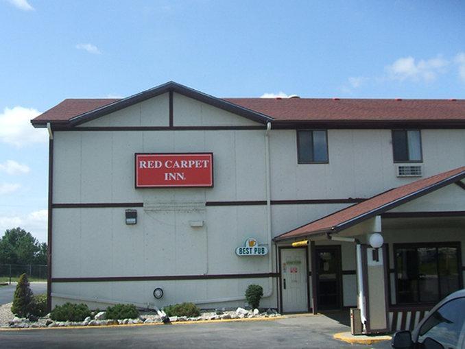 Red Carpet Inn   Omaha