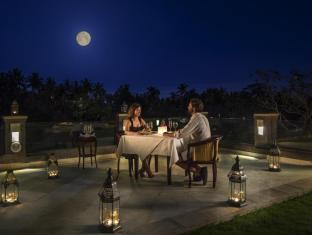 Viceroy Bali Luxury Villas Bali - Romantic Dinner