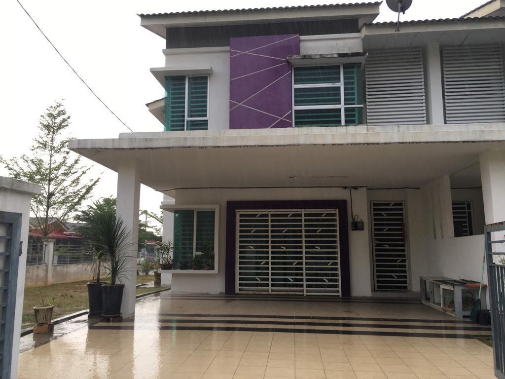 Homestay Annur no 1 LV 34 seri Iskandar 0196682029