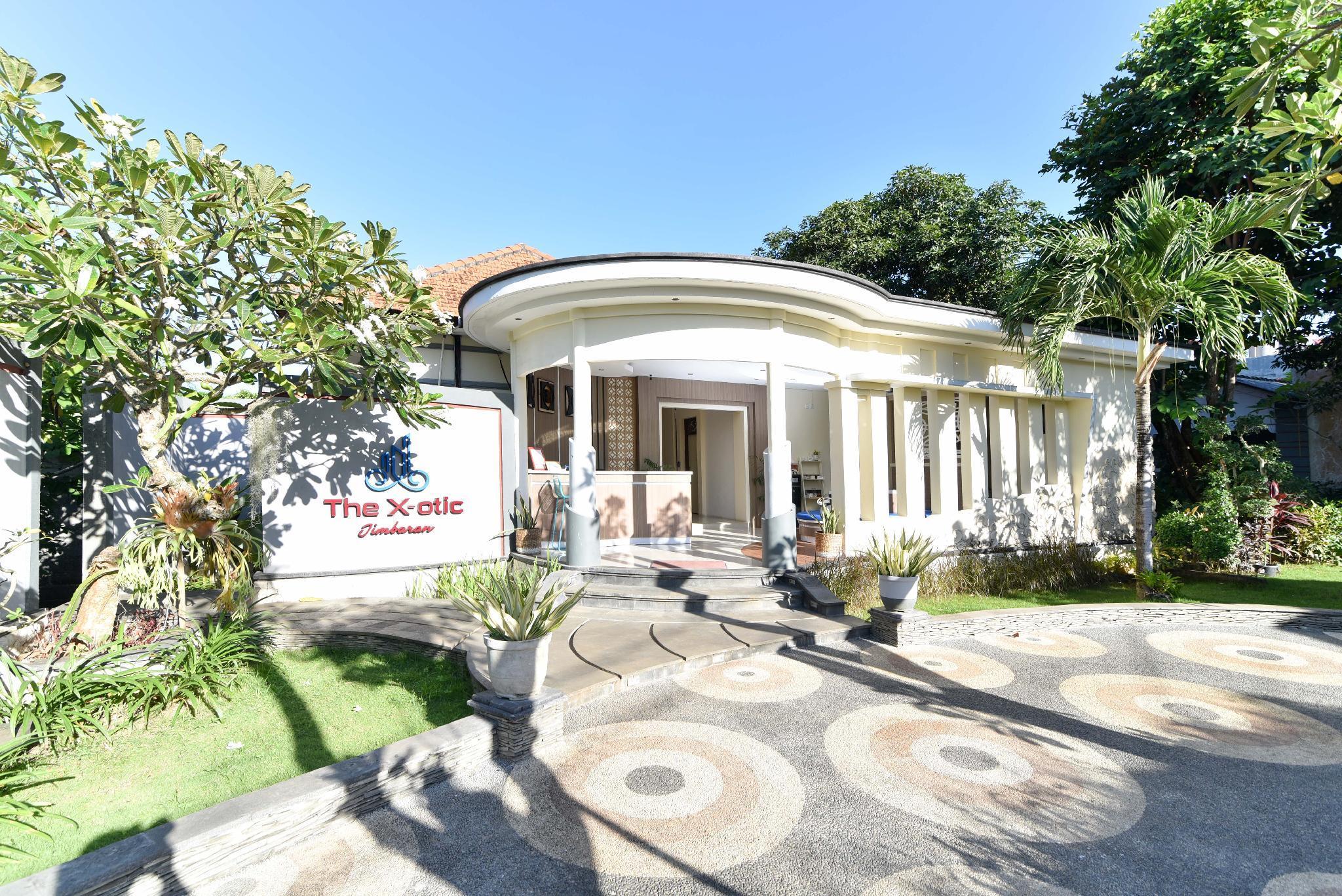RedDoorz Near Udayana University Jimbaran 2