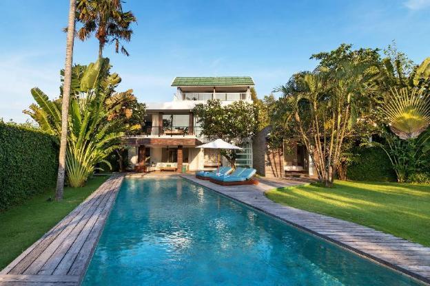 Villa Nedine Eco-Luxury Family Villa, Echo Beach