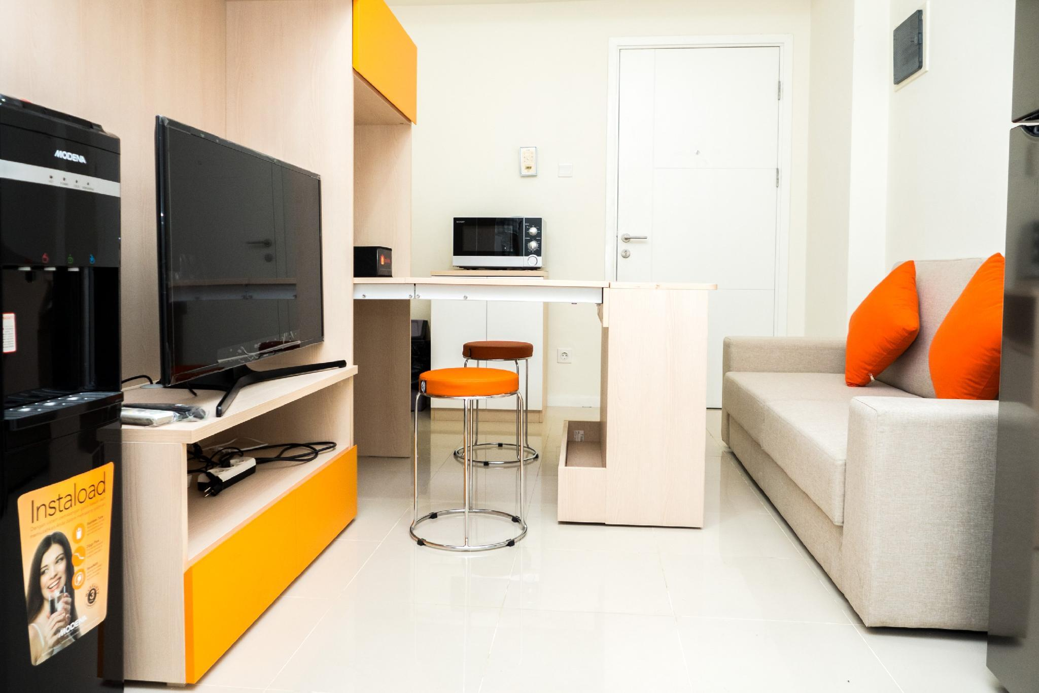 Relaxing 2BR At Parahyangan Residence By Travelio