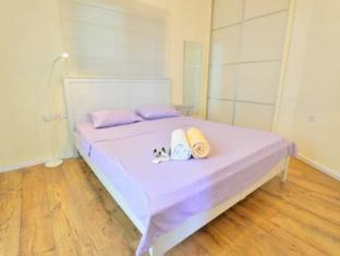 Ziv Apartments- Nahum Hanavi Street