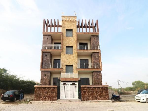 OYO 10810 Sangvi Palace New Delhi and NCR