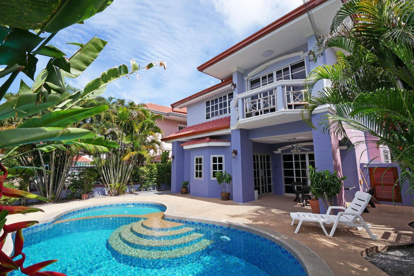 Baan Duan   5 Bed Villa Pool Near Jomtien Beach
