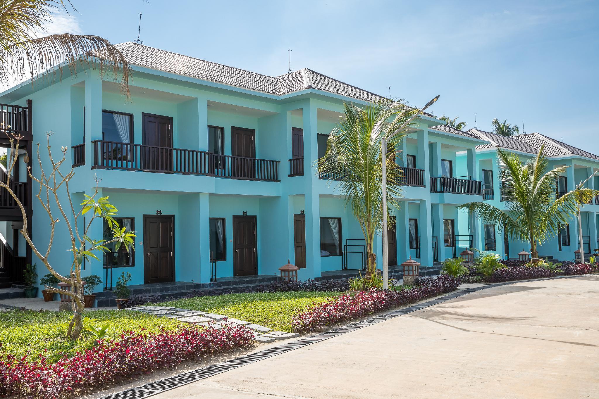 RIA HOTEL RESORT