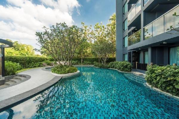 Aristo216 Pool access duplex in Surin for 4 people Phuket