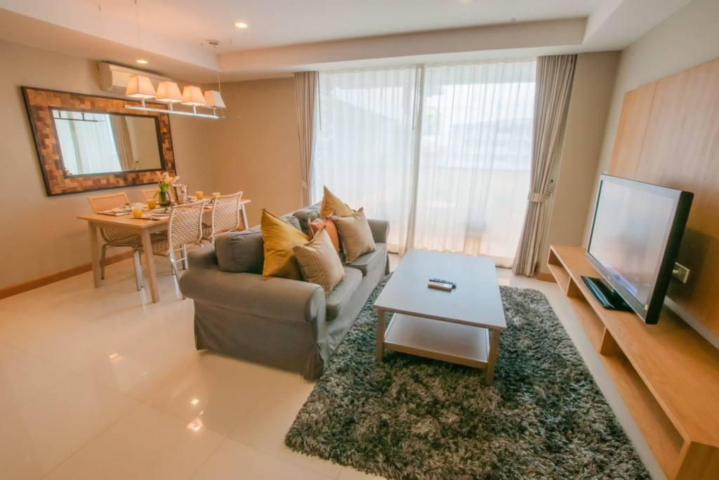 Seaview Partial 1Bedroom Deluxe @Rocco HuaHin 7I