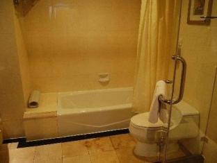 The Bund Riverside Hotel Shanghai - Bathroom