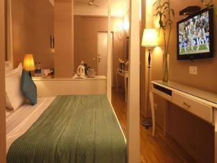 Ajanta Hotel New Delhi and NCR - Family Room