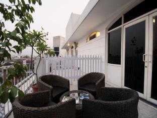 Ajanta Hotel New Delhi and NCR - Balcony