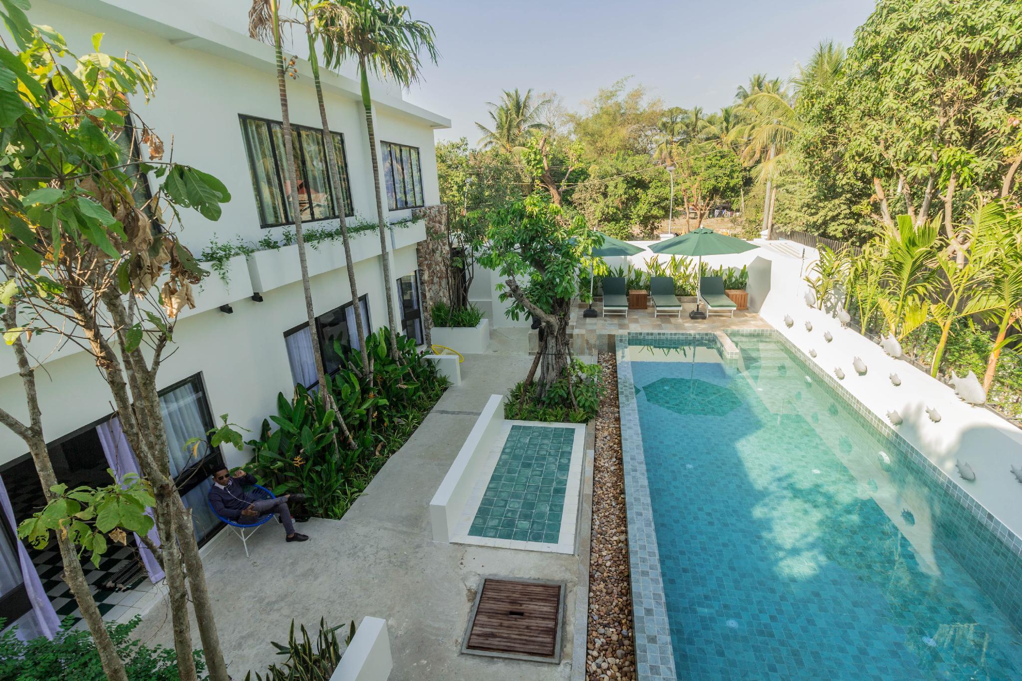 Saramani Residence