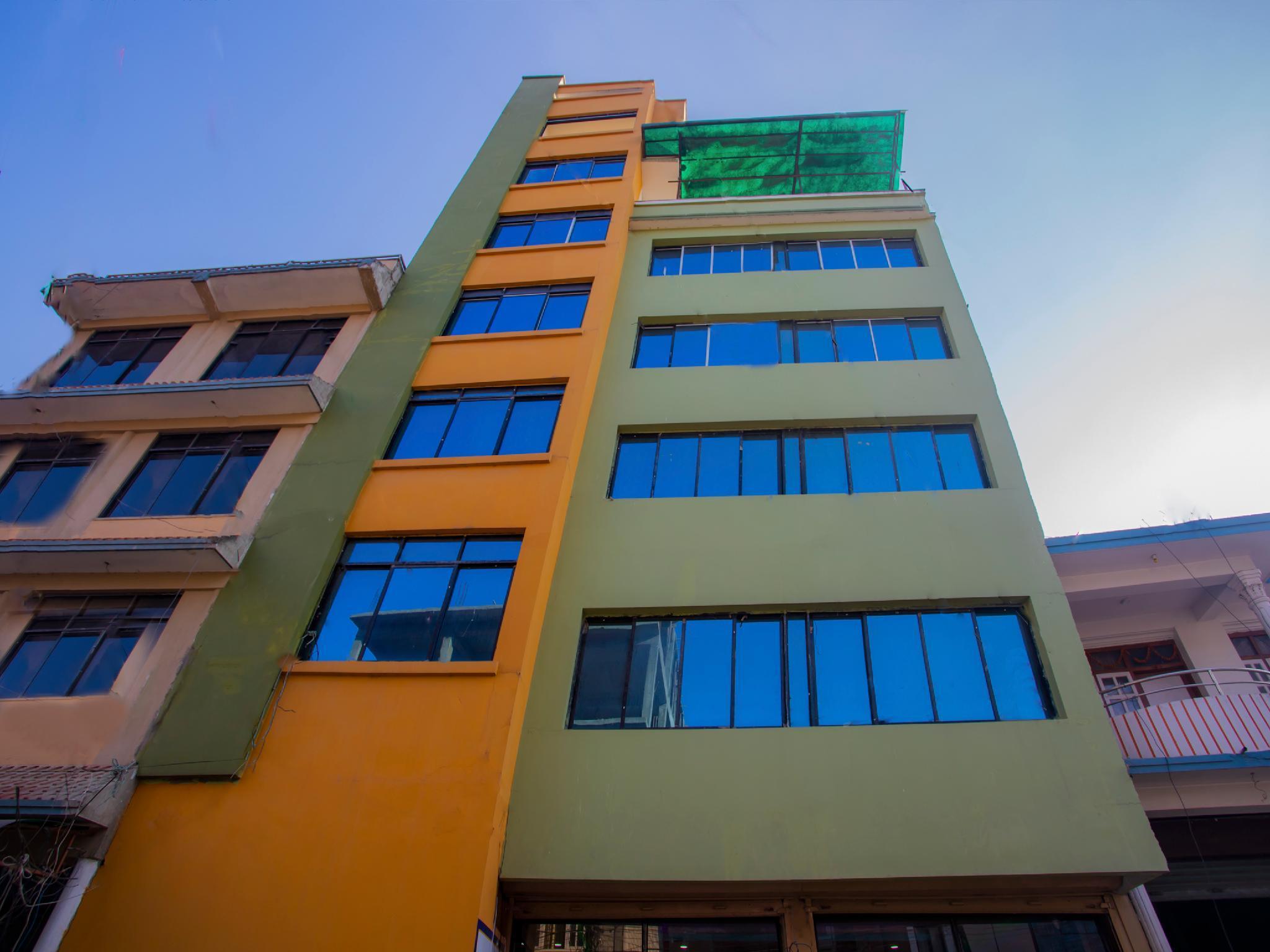 OYO 316 Hotel The Hub